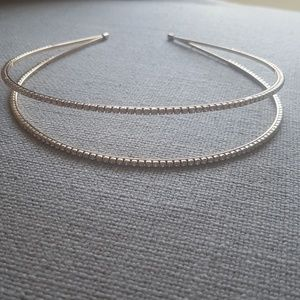 Gold headband with Crystal details around 2 bands